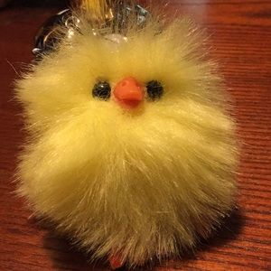 Accessories - Fluffy yellow chick key chain
